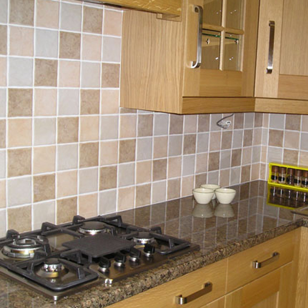 Wandtegels Keuken Natuursteen : Wandtegels zijn alleen geschikt voor wanden en kunnen niet op de grond